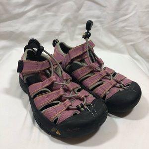 Keen Newport H2 Sandals in Pink